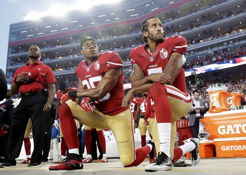 NFL Players kneeling in protest