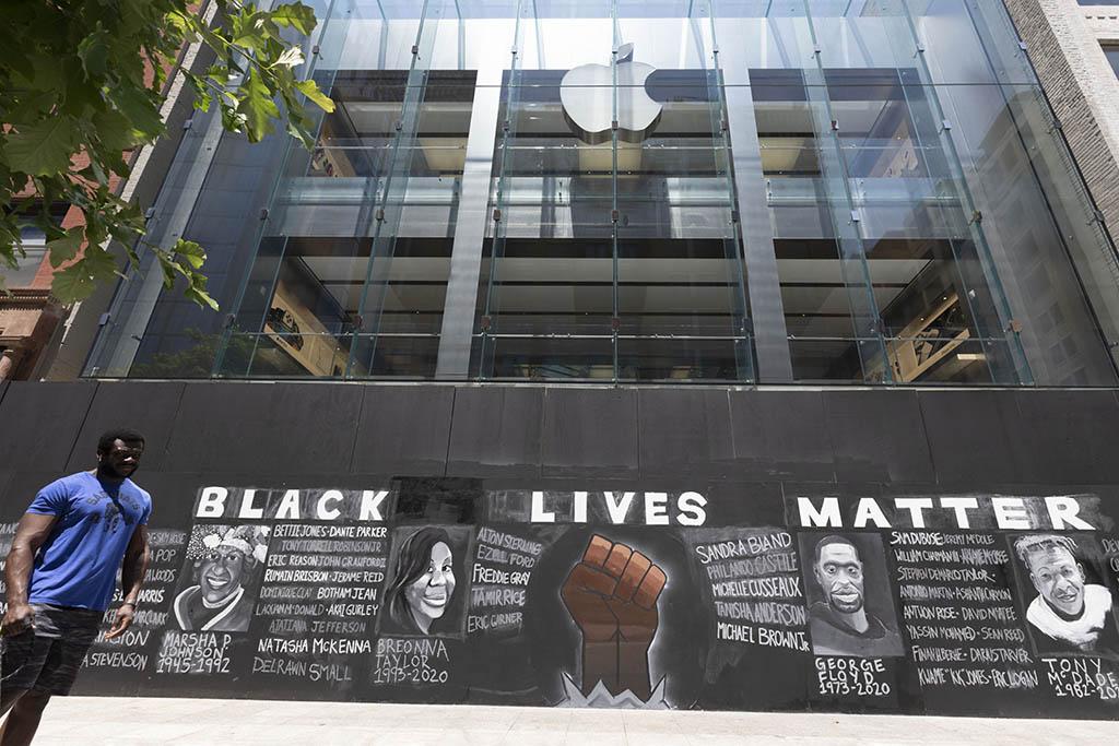 BLM mural in Boston